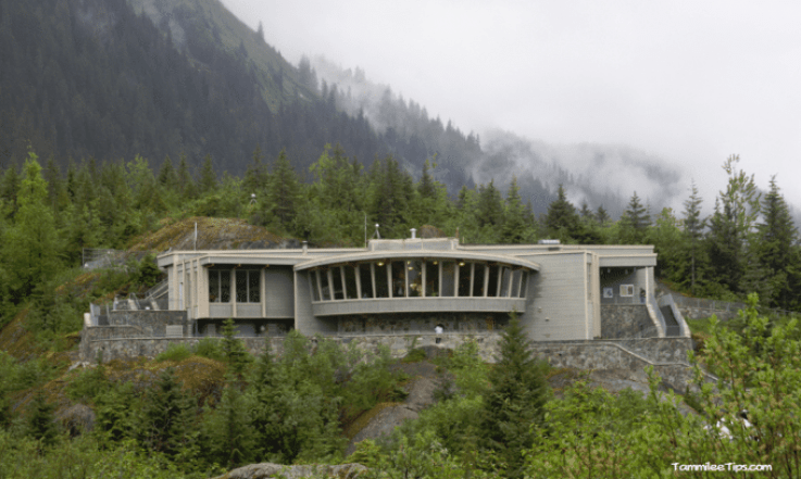 Golden-Princess-Juneau-Mendenhall-Glacier-Visitor-Center.png