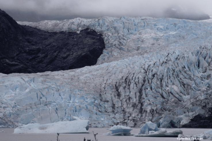 Golden-Princess-Juneau-Mendenhall-Glacier-overview-3.png