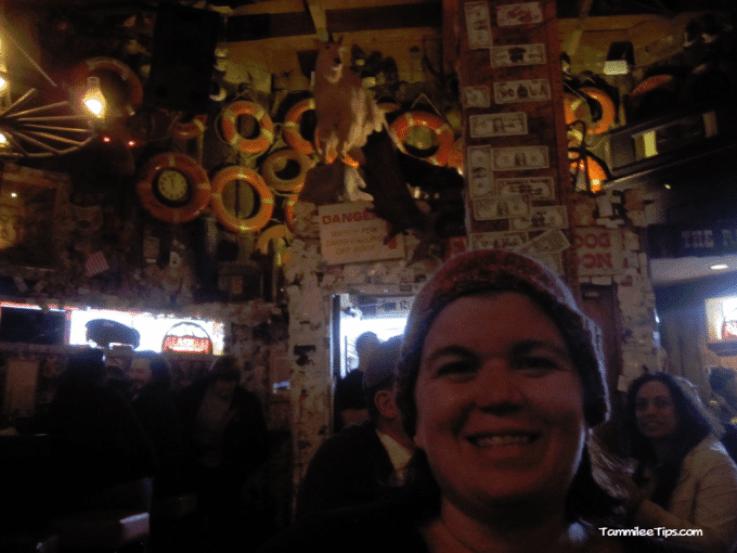 Golden-Princess-Juneau-Red-Dog-Saloon-Inside.png