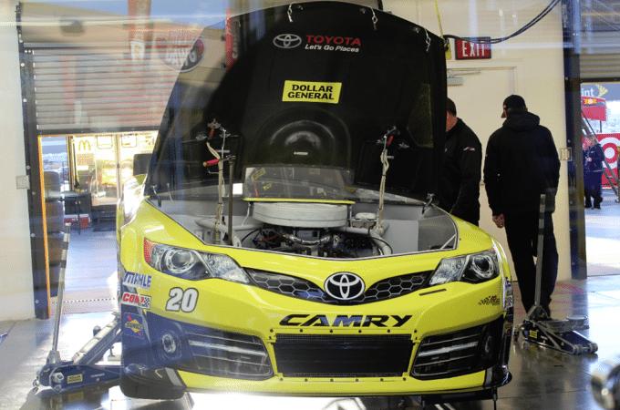 Neon Garage Kobalt Tools 400 Nascar Race Las Vegas Motor Speedway