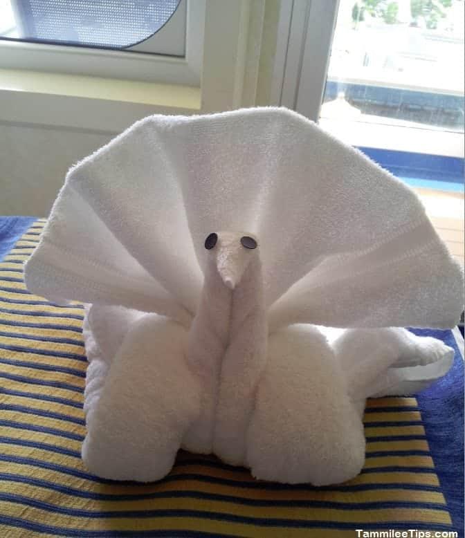 Carnival Breeze Towel Animal Swan