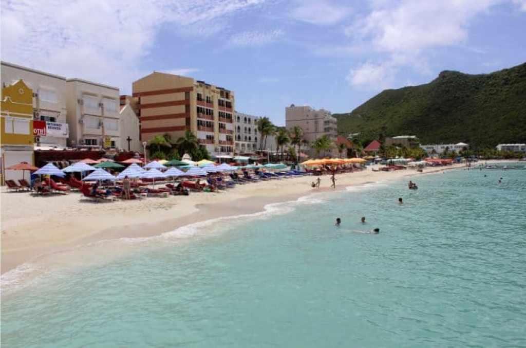 St Maarten Beach view