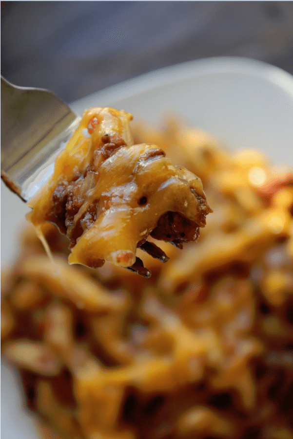 Crock Pot Cheesy Hamburger Casserole