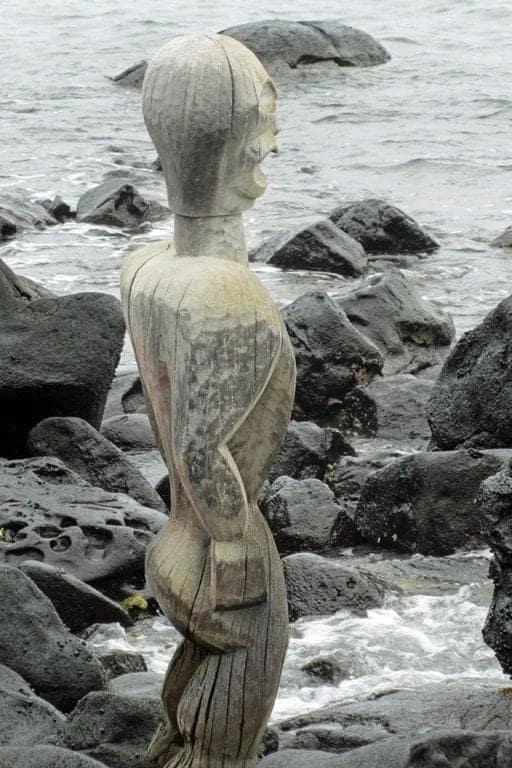 statue-3.jpg