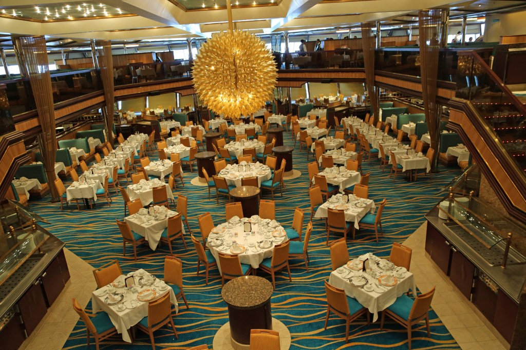 Main dining room Carnival Sunshine