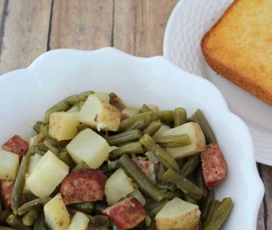 Crock Pot Kielbasa and Green Beans with Potatoes Recipe