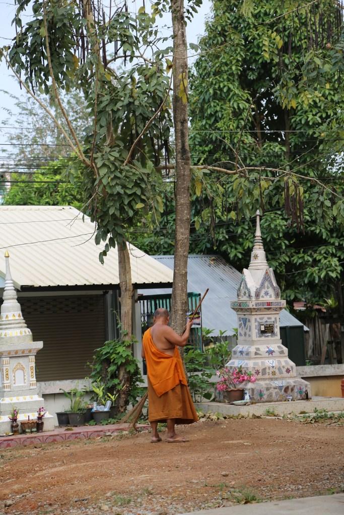 Chaing Khan Thailand monk