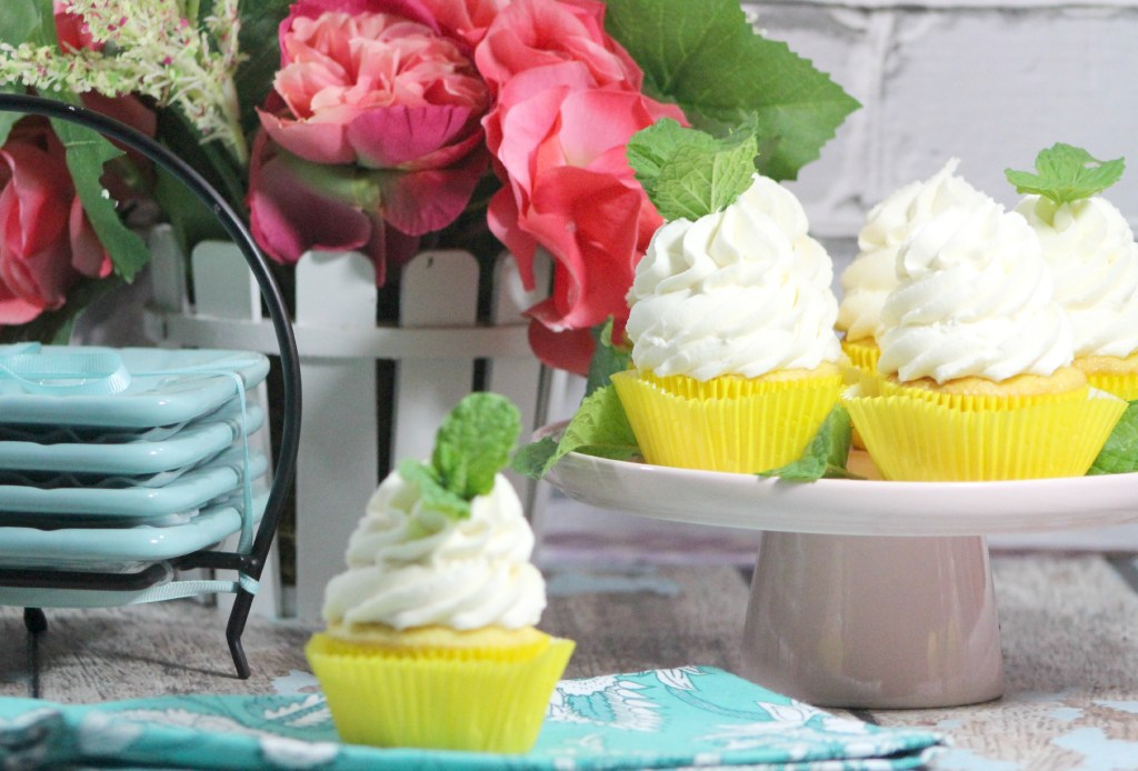 Mint Lemonade Cupcakes