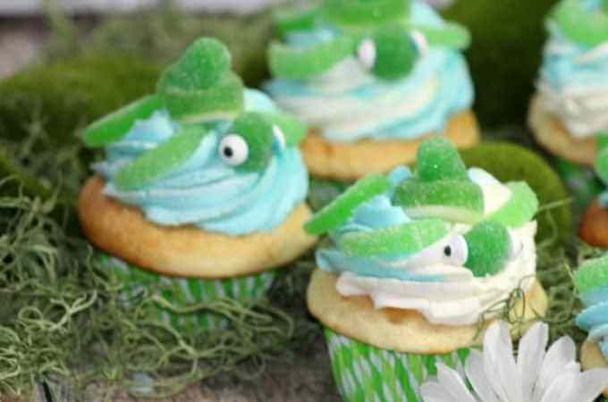Turtle Cupcakes perfect for an ocean themed party!