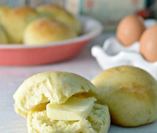 Easy Hawaiian Sweet Rolls Bread Recipe