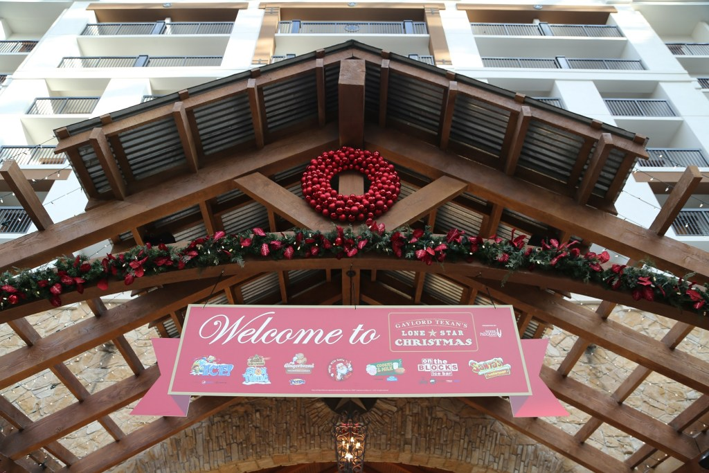 Gaylord Texan Christmas 1