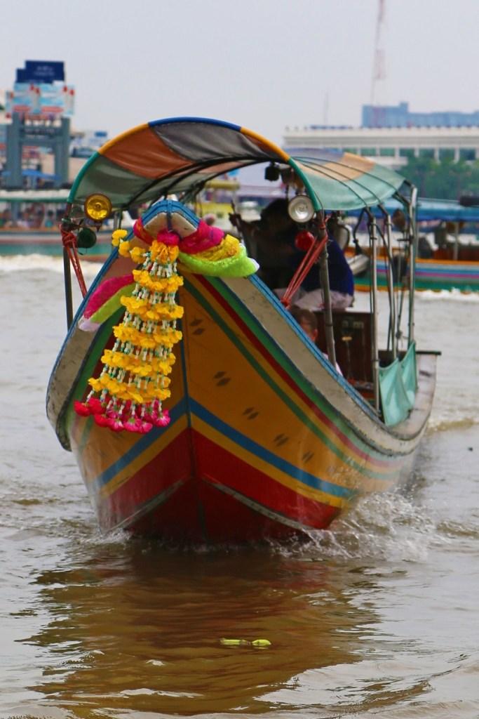 boat on the Choa Phraya River