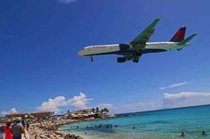 Tips for visiting Maho Beach in Saint Maarten