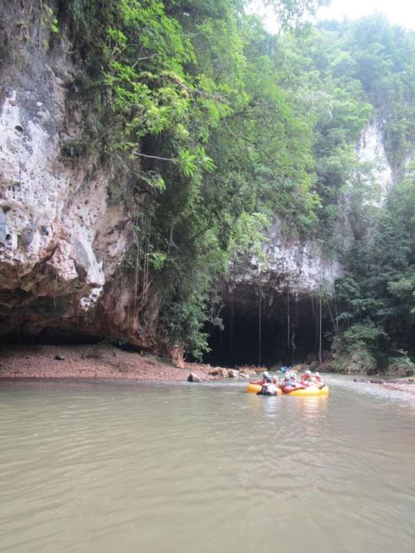 Cave Tubing Excursion in Belize