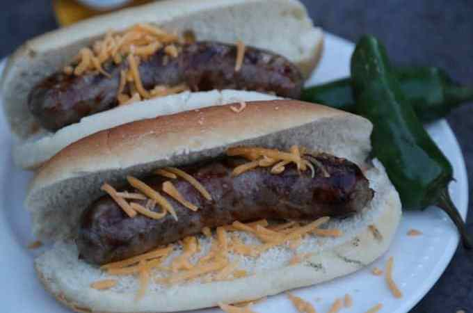 Celebrate Johnsonville Bratsgiving with Jalapeno Beer Brats Recipe!
