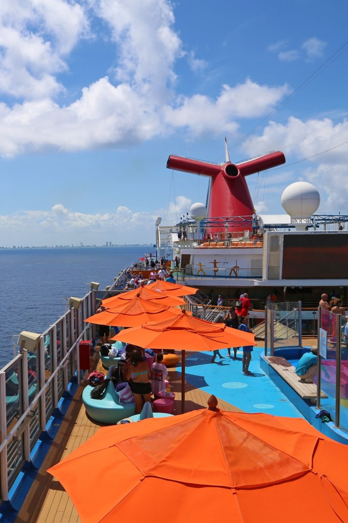 outside-seating-on-the-carnival-magic