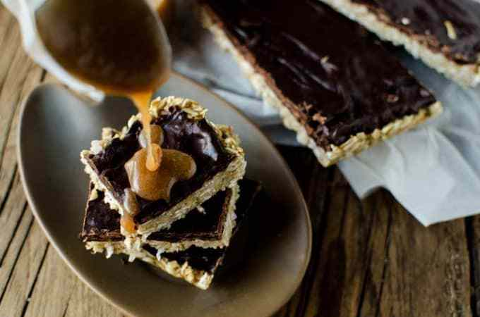 Chocolate, Banana, Caramel Oat Bars Recipe