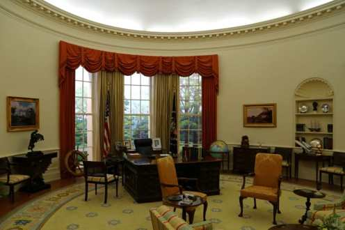 Oval Office inside Gerald Ford Museum