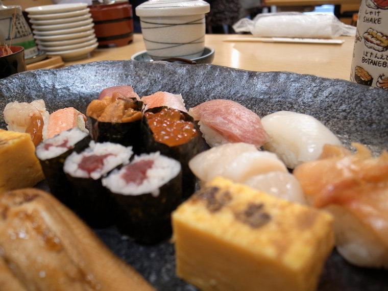 r0010498-tsukiji-brunch