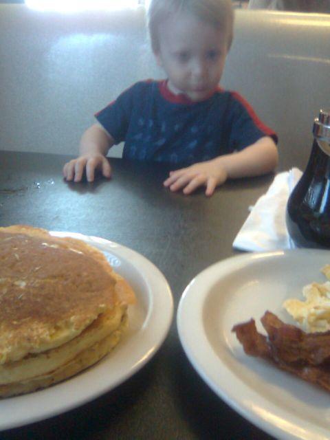 legends-breakfast1