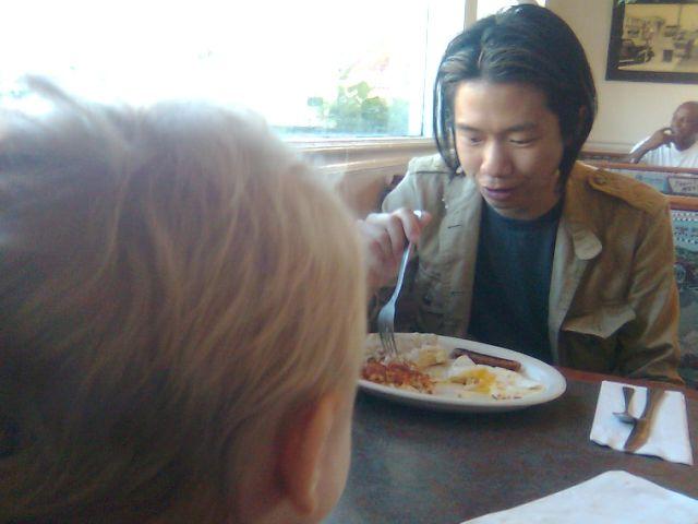ang-breakfast-arthur