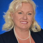 Jessika Arman of RE/MAX Platinum Realty Earns Luxury Real Estate Certification