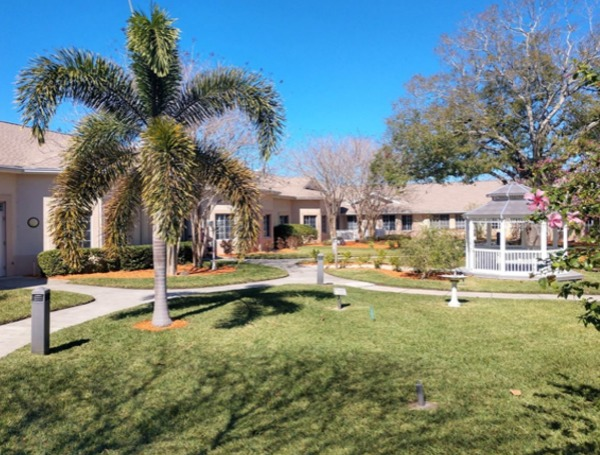 assisted living pinellas park florida