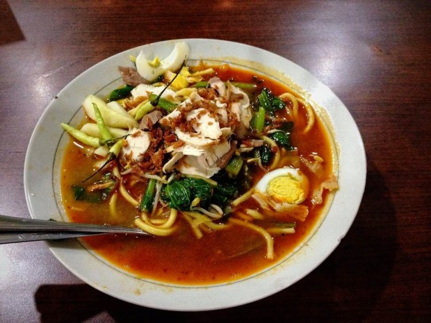 Mie Klunthoeng Lunch and Dinner Menu Malang Indonesia