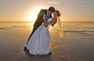 tanahoy.com beach wedding