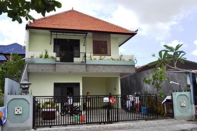 Disewakan Rumah Di Daerah Renon (R1014)