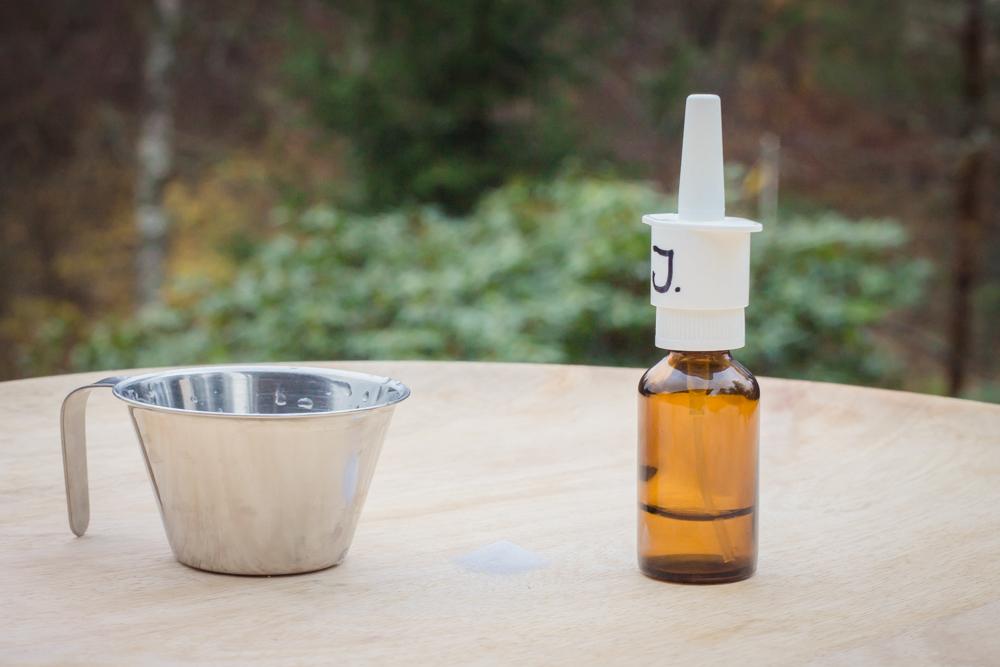 Recept på koksaltlösning till nässpray vid bihåleinflammation.