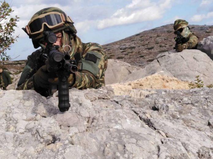 «Κόλαση πυρός»: Οταν ο Ελληνικός Στρατός ξεδιπλώνεται σαν σε πόλεμο   tanea.gr