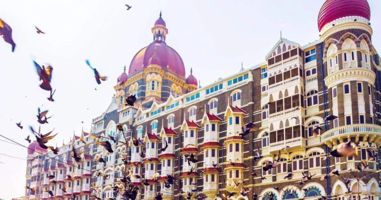 best-PLACES-TO-VISIT-IN-MUMBAI-Taj-Mahal-Palace-Hotel