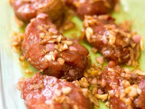 Cao-Lau-Vietnamese-Noodle-Bowl-pork-tenderloin-marinade