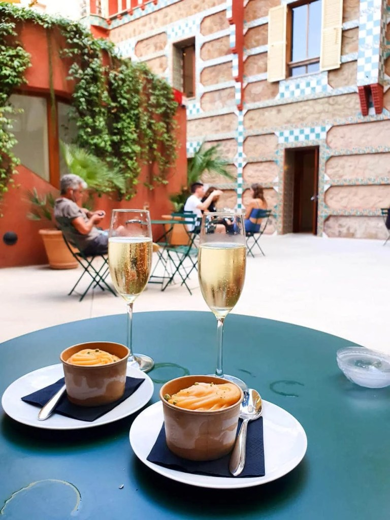 Casa Vicens, Barcelona – Gaudi's First Masterpiece - Review - Cafe bar in the garden - ice-cream and cava