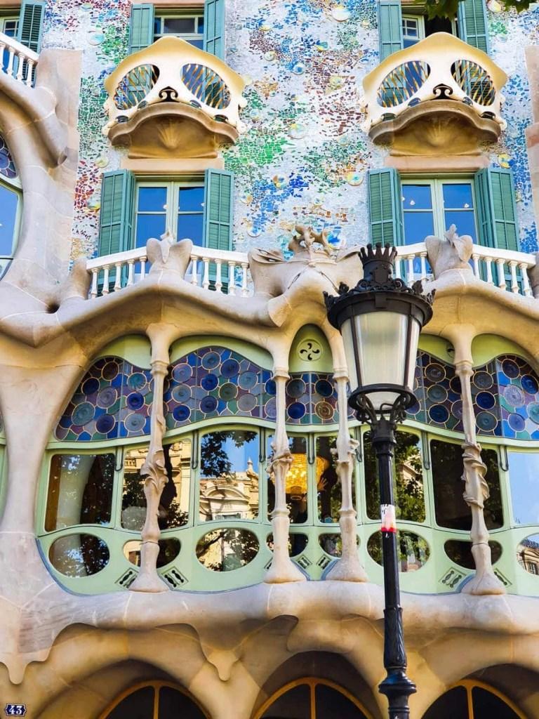 Casa Batllo (Barcelona) – Tour guide & Tips for visiting - House of Bones