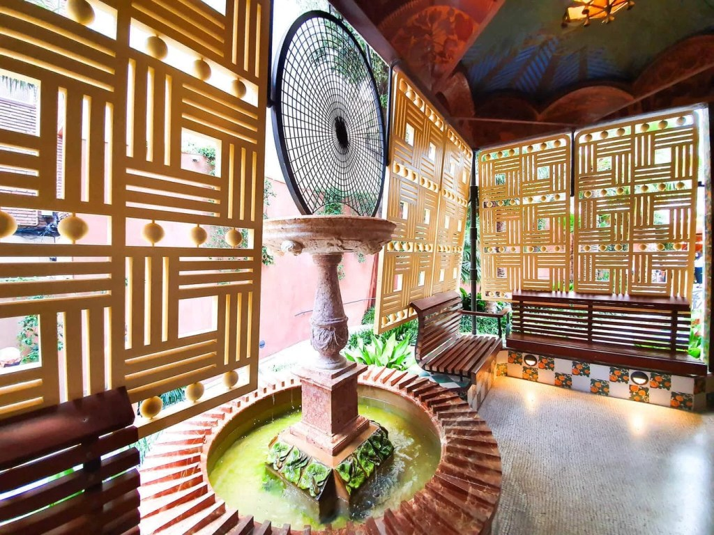 Casa Vicens, Barcelona – Gaudi's First Masterpiece - Review - The Smoking Room