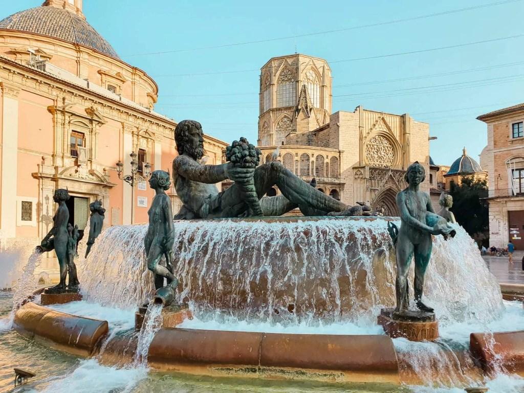2 days in Valencia (Spain) - full guide - Turia Fountain, Plaza de la Virgen, Valencia