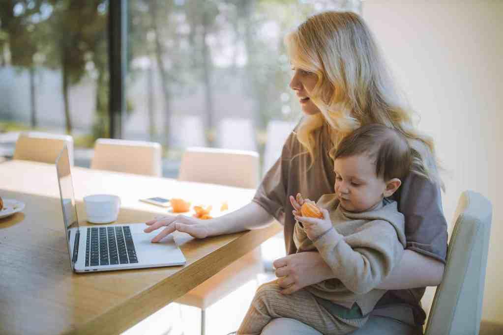 side hustles for working mom