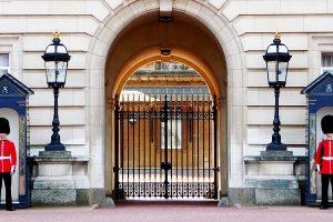 Praca w Buckingham Palace w Londynie - oferty pracy u Królowej