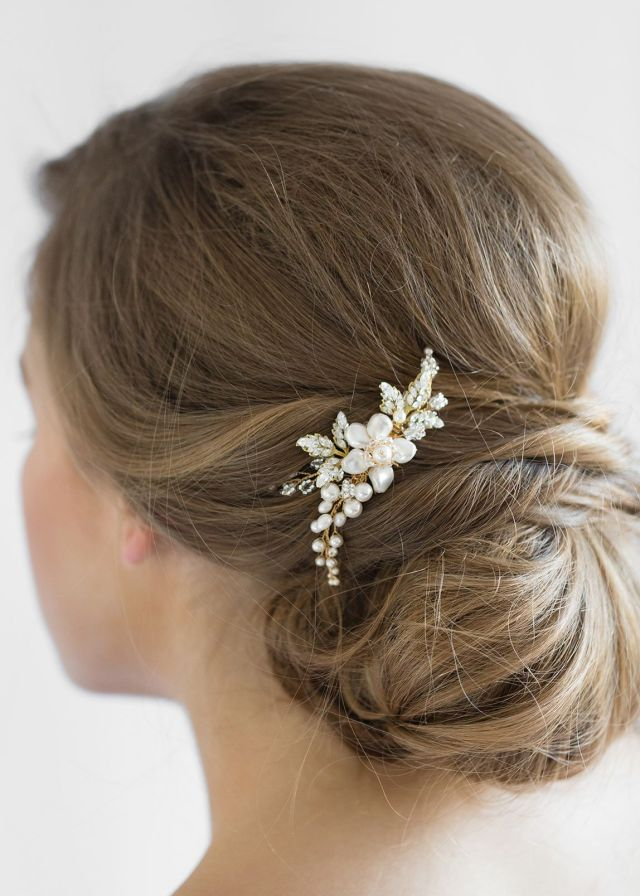 aries | pearl bridal hair comb