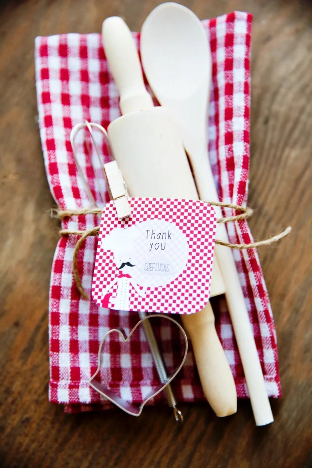 chef-party-favors