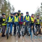 Grupa podczas jazdy na rowerze górskim, Na szczęście często zatrzymany ;)