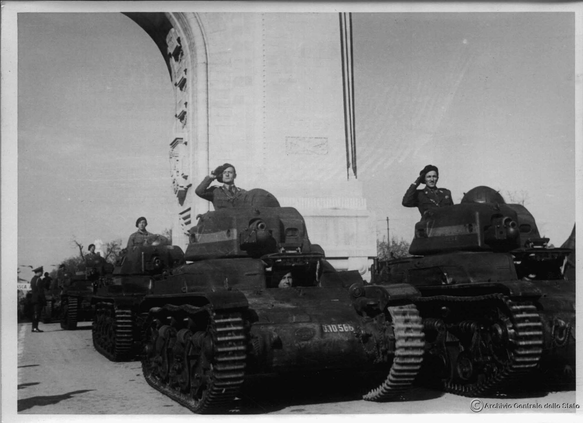 Romanian tankers parading in their Carul de Luptă R35 tanks after their successful invasion of Odessa.
