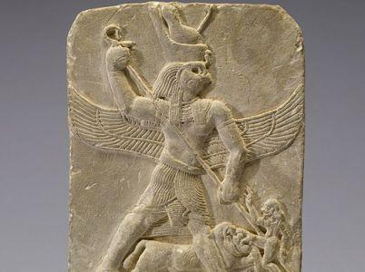 Il mito di Horus, il dio falco