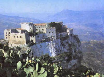 Alcuni castelli siciliani – Manieri della paura, storia di miti e di baroni