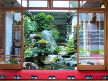 Ryokan et rangée de chaussons - Kyoto