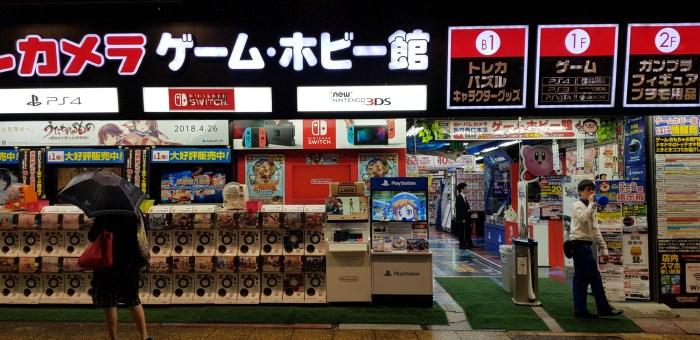 Yodobashi : le plus grand magasin de jouets de Shinjuku ?