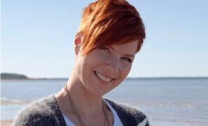 """Heidi Kyrö palaa yllättäen juhannuslavoille: """"Onneksi löytyi rohkea keikkajärjestäjä"""""""
