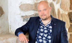 Johannes Vatjus iloitsee: Sai asuntoauton keikkakiesiksi ja viikon kotiloman